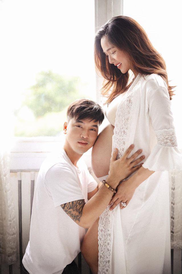 Được biết Kim Cương dự sinh vào tháng 10 tới đây, trước đó nữ siêu mẫu từng tiết lộ giới tính con yêu sắp chào đời là một tiểu công chúa