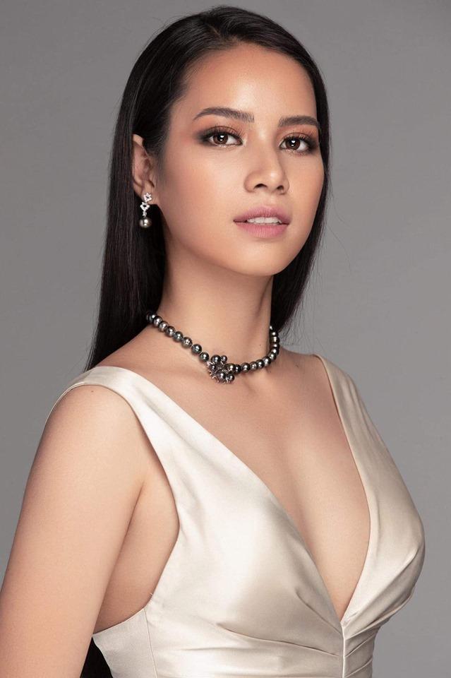 H'Luai Hwing đang đứng ở vị trí thứ 2 sau Thúy Vân khi sở hữu hơn 6.5 nghìn lượt like và 1 nghìn lượt chia sẻ.