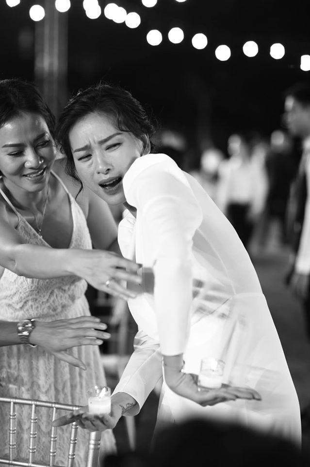 Những khoảnh khắc đáng nhớ đám cưới Đông Nhi  Ông Cao Thắng: Khi cả khách mời lẫn nhân vật chính đều khóc rồi cười ảnh 3
