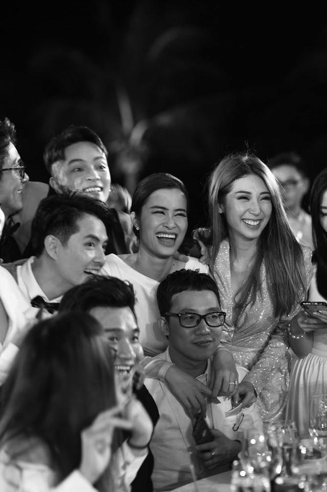 Những khoảnh khắc đáng nhớ đám cưới Đông Nhi  Ông Cao Thắng: Khi cả khách mời lẫn nhân vật chính đều khóc rồi cười ảnh 13