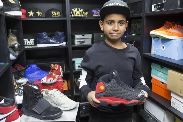 """Rashed Saif Belhasa, con trai kiến trúc sư nổi tiếng tại Dubai thật sự bận rộn với """"vương quốc giày"""" do cậu làm chủ. Là đối thủ đáng gờm trong danh sách các tay chơi thế giới từ vài năm trước, Rashed đã sở hữu BST sneakers đắt giá nhất Dubai - con số thống kê lên đến $1.000.000."""