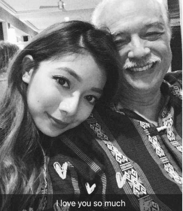 Đại võ sư Nam Anh và con gái.