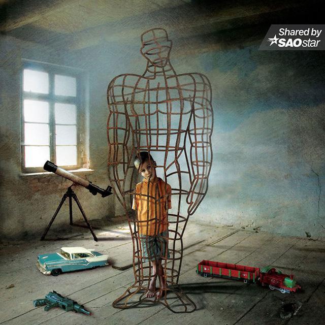 """Trẻ em dần dần đánh mất tuổi thơ, và thay vào đó là bị giam cầm trong các 'lồng kính"""", khuôn phép của bố mẹ."""