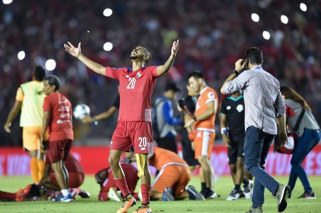 Panama lần đầu dự World Cup.