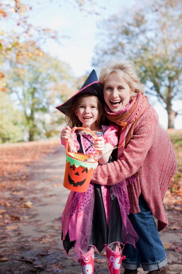 Vào ngày Halloween, bọn trẻ sẽ được hóa trang thành những nhân vật ngộ nghĩnh khác nhau
