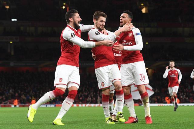 Arsenal có nguy cơ đụng những đối thủ khó chơi tại vòng 1/16.