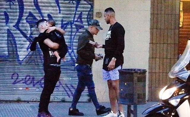 Vừa về nhà Coutinho phát hiện bị trộm viếng thăm.