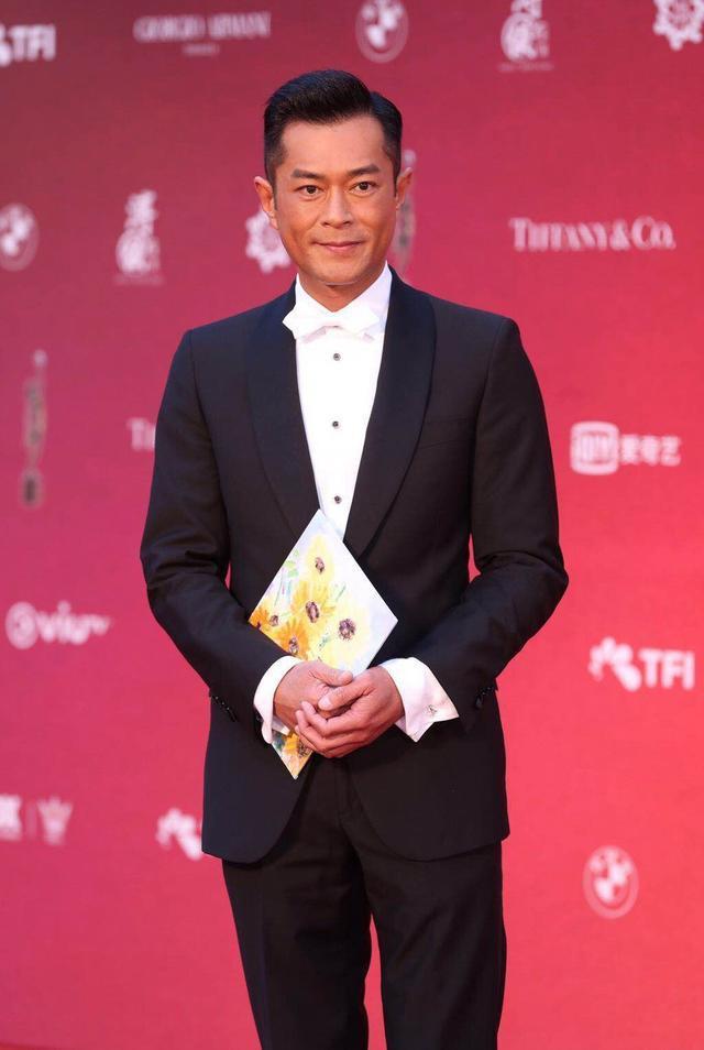 Cổ Thiên Lạc đang chuẩn bị dự án Cỗ máy thời gian bản điện ảnh với sự trở lại của anh cùng Tuyên Huyên và Lâm Phong.