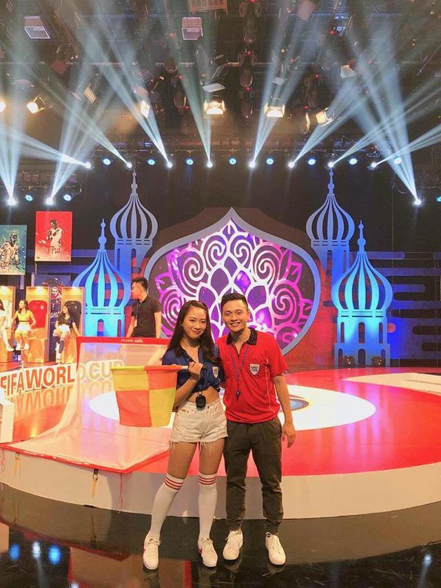 Quỳnh Hương xuất hiện rạng rỡ trên sóng truyền hình.