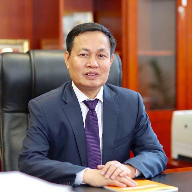 Giáo sư Nguyễn Hữu Đức - ĐHQGHN.
