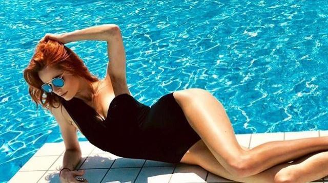 Hiện nay, hình thể Hoa hậu Pháp đã vô cùng săn chắc và nóng bỏng