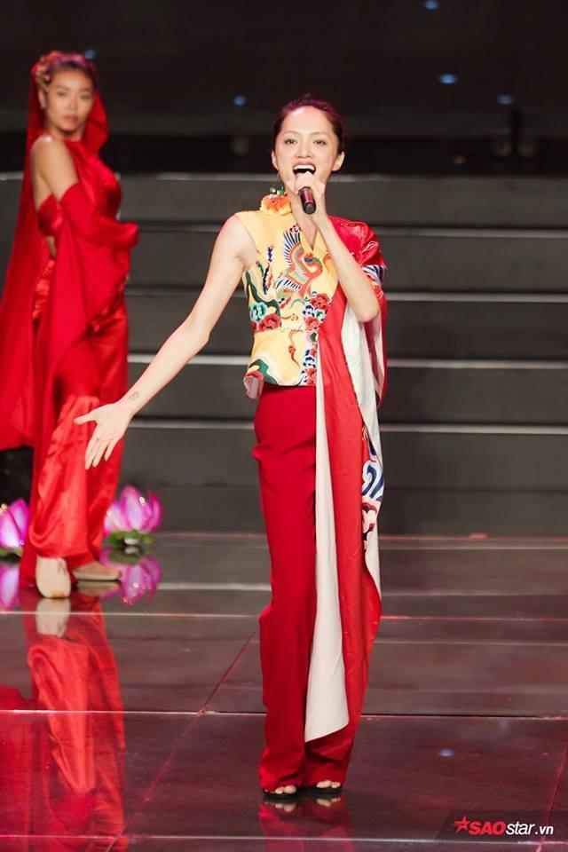 Để có màn trình diễn đặc biệt tối nay, Hương Giang đã phải chuẩn bị đầu tư vô cùng kỹ lưỡng.