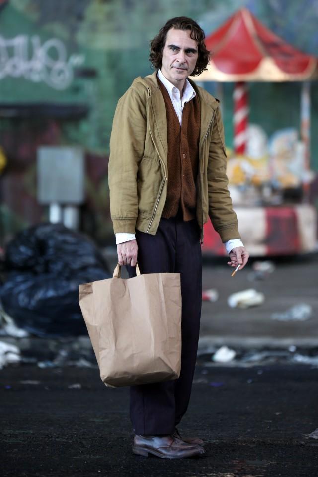 Hé lộ những hình ảnh đầu tiên của 'Joker phiên bản mới' Joaquin Phoenix ảnh 3