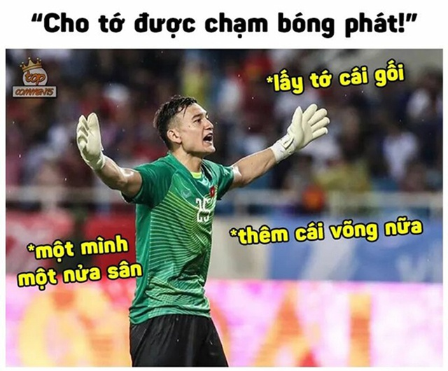 Ngay trận mở màn AFF Cup năm nay, thầy trò HLV Park Hang-seo gặp đối thủ Lào trên SVĐ Quốc gia Lào. Thế nhưng, người hâm mộ lại không thấy sự xuất hiện của thủ môn Đặng Văn Lâm.