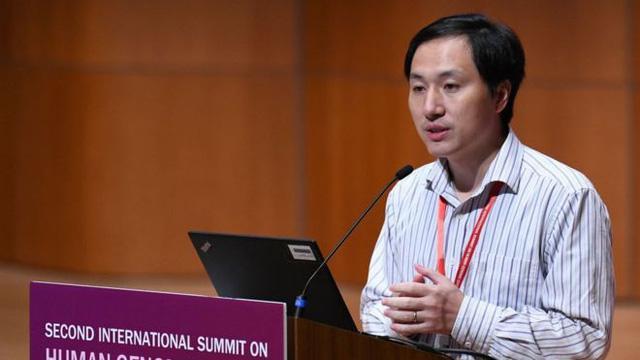 He Jiankui tại Hội nghị Thượng đỉnh lần thứ 2 về chỉnh sửa gen người tại Hồng Kông tuần trước.