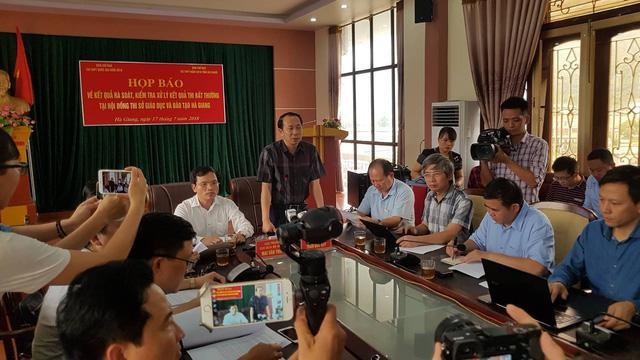 Những sai phạm trong chấm thi trắc nghiệm ở Hà Giang