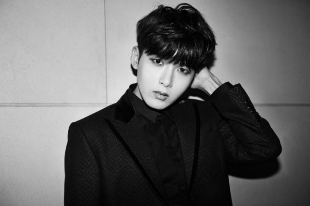Anh chàng Ryeowook cũng có bằng Thạc sĩ tương tự như Siwon.