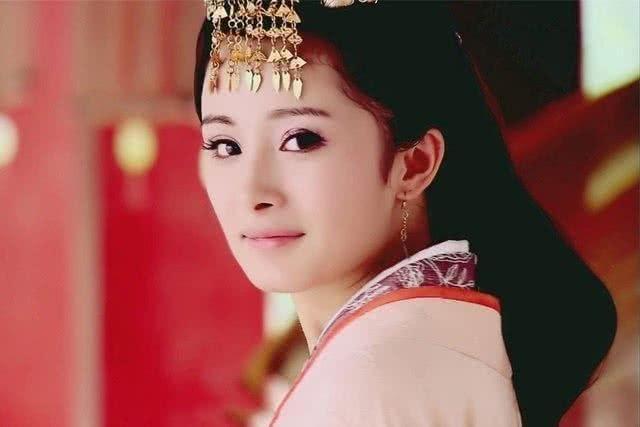 Đâu cần vai diễn Hoàng Dung của Chu Ân, Dương Mịch cũng khiến khán giả mê mệt với gia tài phim cổ trang của mình ảnh 16