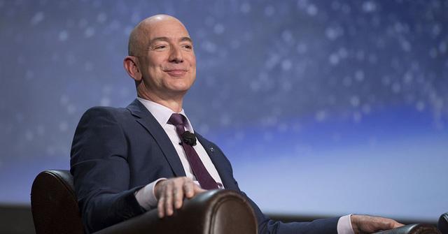 Jeff Bezos viết email thường rất ngắn gọn.