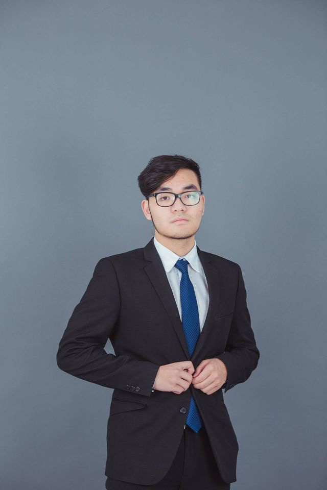 Trần Minh Thuận vừa trúng tuyển 10 đại học danh tiếng Mỹ, nhận tổng học bổng lên tới 1,2 triệu đô.