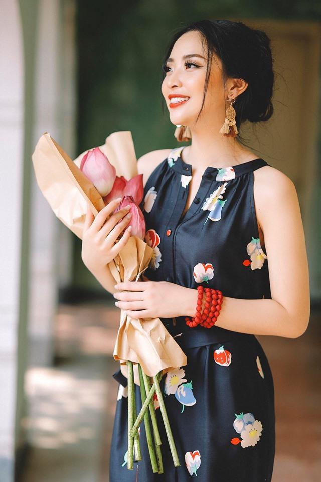 Hồng Hạnh cho biết hình ảnh của Hoa hậu Ngọc Hân là điều cô muốn hướng tới trong tương lai. 9X cho rằng sau khi đăng quang Hoa hậu Việt Nam 2010, Hoa hậu Ngọc Hân đã tiếp tục theo đuổi con đường học vấn trở thành nhà thiết kế thời trang.