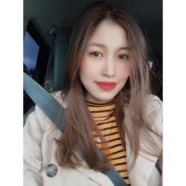 Nữ sinh chửi Vũ Văn Thanh: Sang chảnh hết nấc, nhan sắc như Hoa hậu ảnh 12