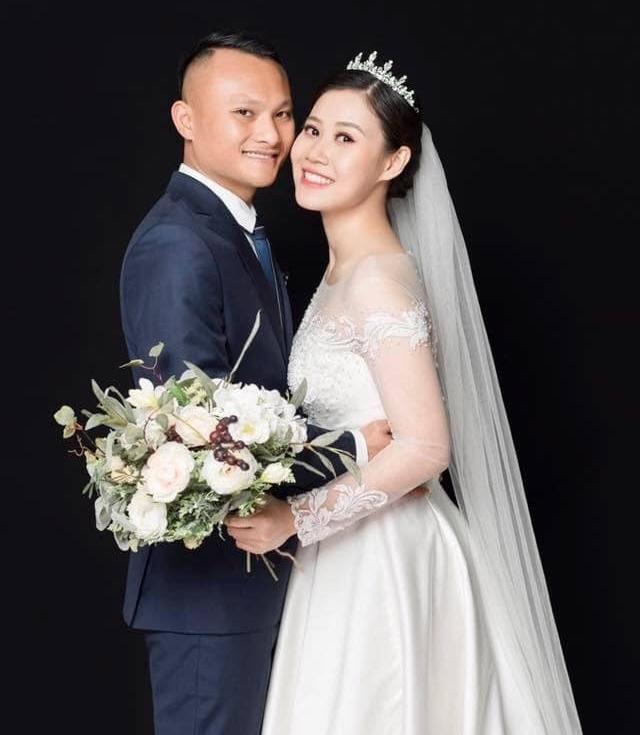 Sáng sớm, Trọng Hoàng đã lãng mạn hát tặng vợ trong ngày sinh nhật ảnh 2