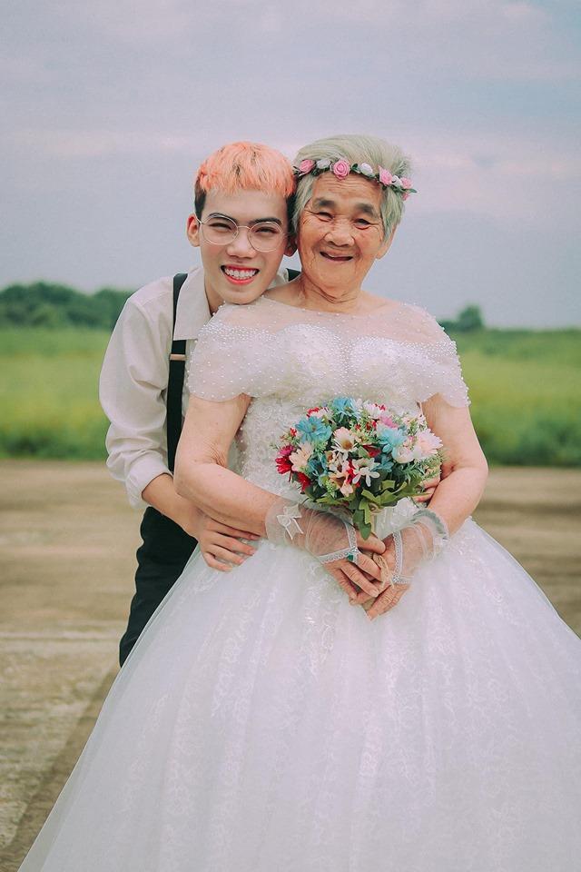 Xúc động bộ ảnh cưới bà nội  cháu trai: Đời người con gái đẹp nhất là khi khoác lên mình bộ váy cưới ảnh 10