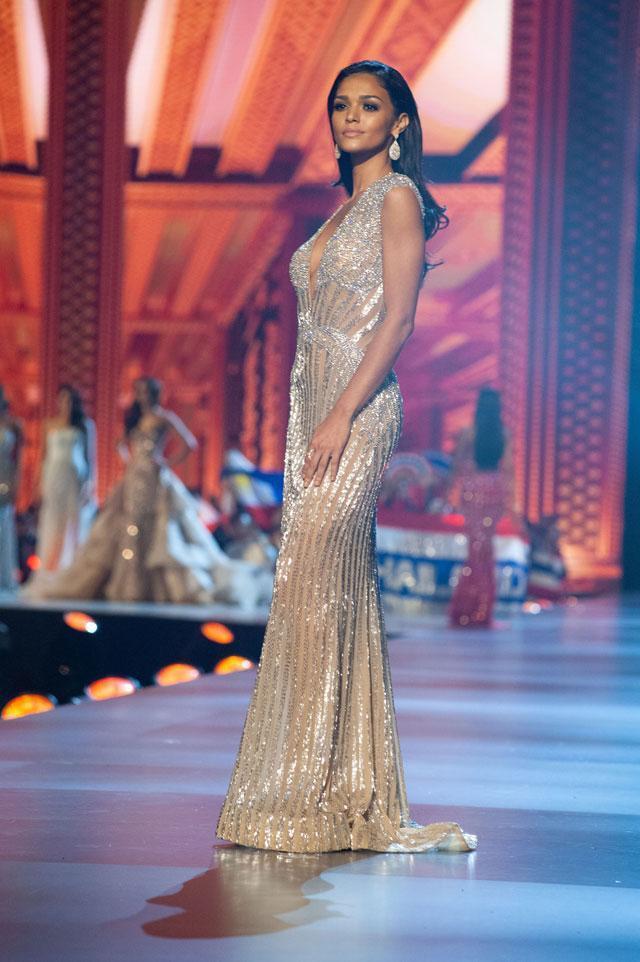 Màn trình diễn đã giúp cô lọt vào top 5 chung cuộc.