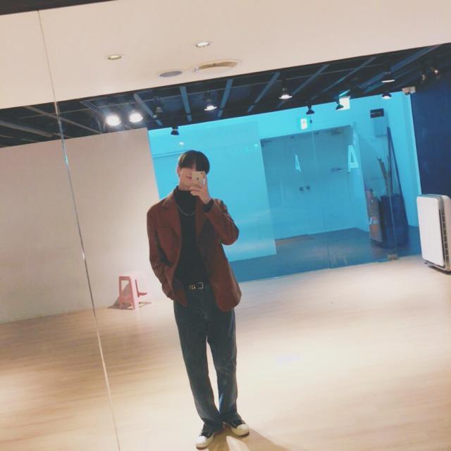 Bộ ảnh chứng minh Han Seungwoo (X1) là hình mẫu bạn trai nhà người ta lý tưởng của các fan ảnh 6