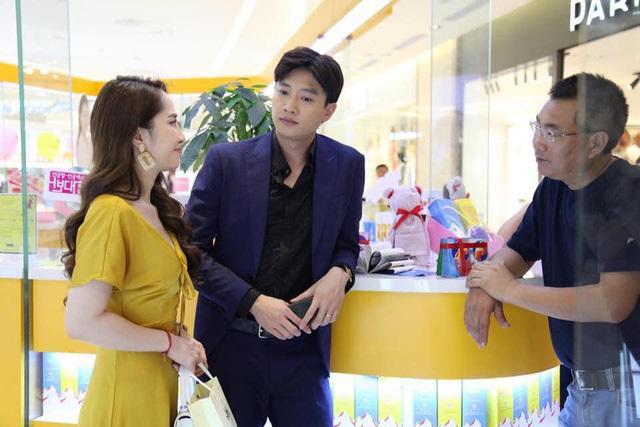 Đạo diễn Về nhà đi con tiết lộ những điều bất ngờ về Bảo Thanh, Thu Quỳnh và Bảo Hân sau khi phim đóng máy ảnh 8