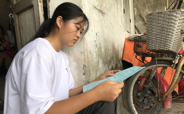 Em Trần Thị Hồng Ngọc được Trường ĐH Khoa học xã hội và Nhân văn miễn phí toàn bộ khóa học, hỗ trợ chỗ ở miễn phí. Ảnh: Trí Thức Trẻ