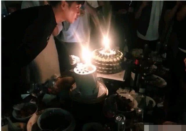 Chúc mừng sinh nhật ông xã Trương Nhược Quân, Đường Nghệ Hân lộ vòng hai lớn, đang mang thai? ảnh 7