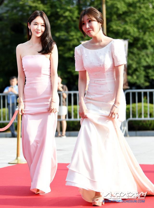 Thảm đỏ Seoul International Drama Awards 2019: Trương Ngọc Ánh  Anh Dũng đọ sắc Jang Nara và Ji Chang Wook ảnh 17