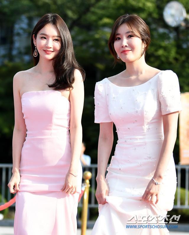 Thảm đỏ Seoul International Drama Awards 2019: Trương Ngọc Ánh  Anh Dũng đọ sắc Jang Nara và Ji Chang Wook ảnh 18