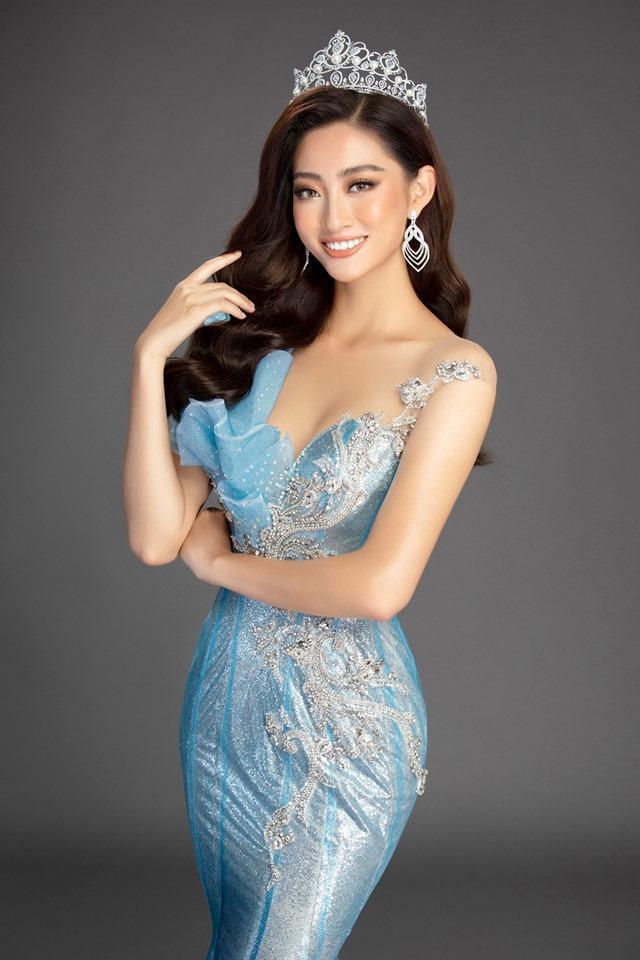 Ngay từ lúc còn trong cuộc thi Miss World Việt Nam 2019, nhan sắc của Lương Thùy Linh đã được đánh giá cao Hoa hậu Lương Thùy Linh xứng đáng với ngôi đệ nhất mỹ nhân mặt mộc Vbiz