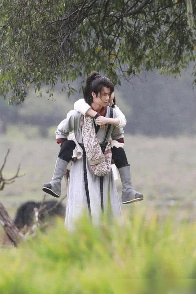 Vương Nhất Bác, Tiêu Chiến hợp tác với cẩm lý Triệu Lệ Dĩnh, Dương Tử: Phim nào sẽ hot nhất màn ảnh nhỏ? ảnh 4