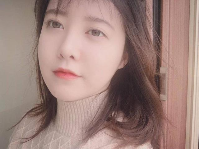 Goo Hye Sun đăng ảnh mới trên Instagram, dân mạng Trung nghi ngờ đang lợi dụng để bán sách ảnh 0