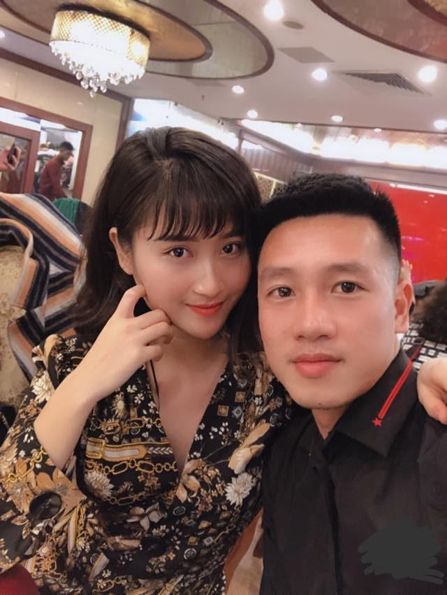 Nguyễn Thuỳ Dương, bạn gái Huy Hùng cũng là một trong số những nàng WAGs hot nhất ĐT Việt Nam.