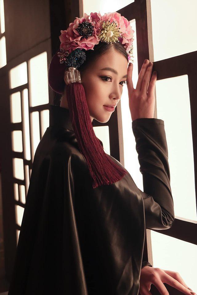 Phương Khánh ngày càng trở nên xinh đẹp và cuốn hút.