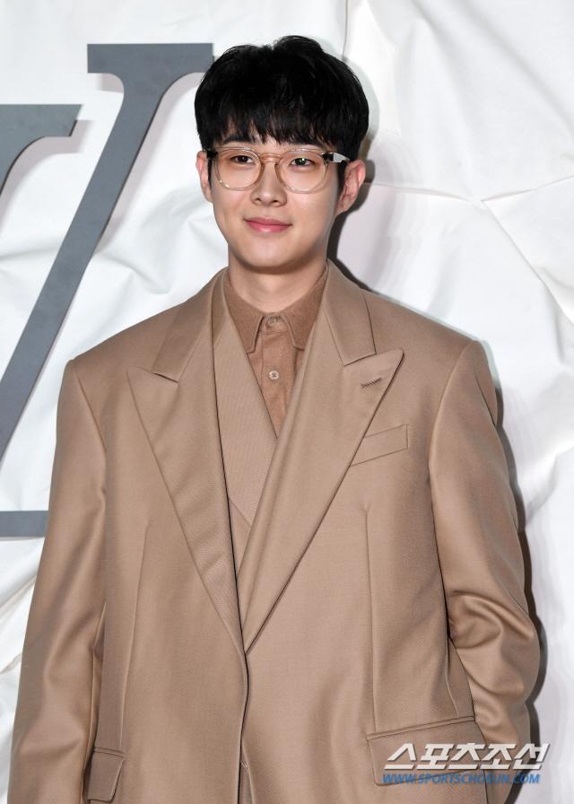 Choi Woo Sik.