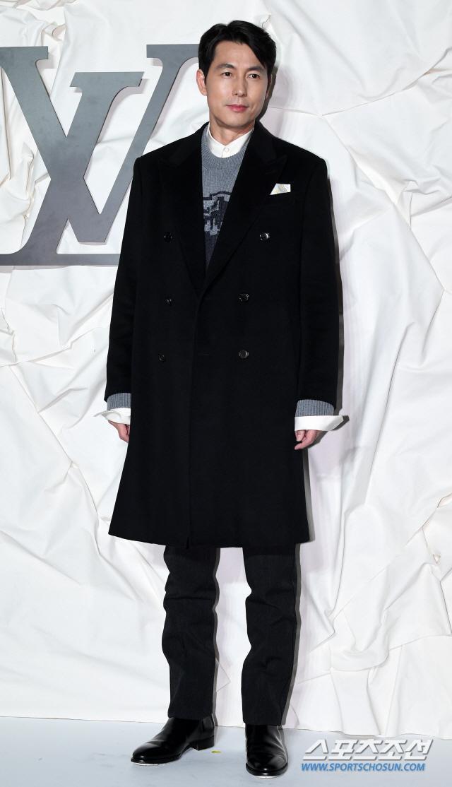 Màn đọ sắc đỉnh cao của Gong Yoo  Jung Woo Sung, Cha Eun Woo (Astro) và Sehun (EXO) tại sự kiện ảnh 1