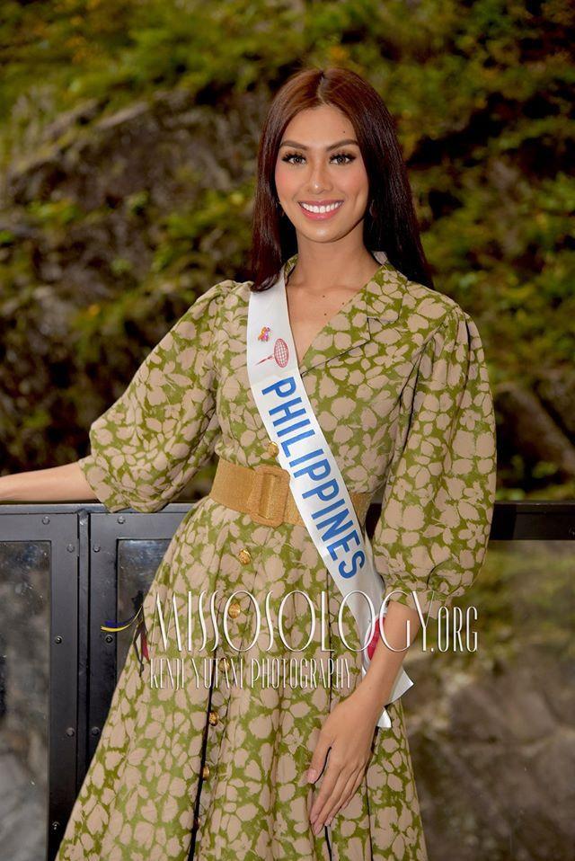 """Giống như các """"nữ hoàng sắc đẹp"""" đến từ quốc gia này, Patriciacó nhiều lợi thế ở khả năng giao tiếp, ứng xử lưu loát."""