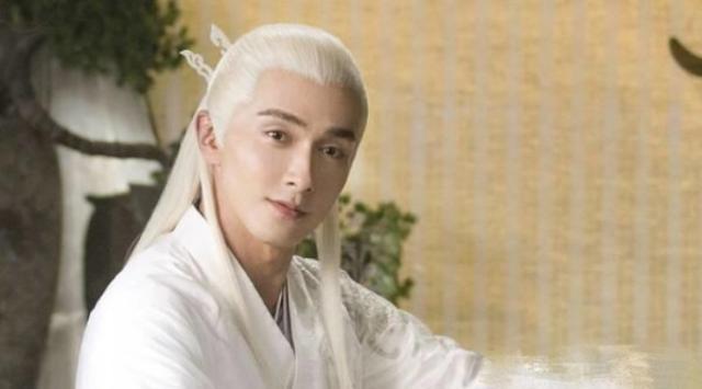 Nhan sắc của Cao Vỹ Quang bị chê già, không xứng với Địch Lệ Nhiệt Ba trong Tam sinh tam thế: Chẩm thượng thư ảnh 6