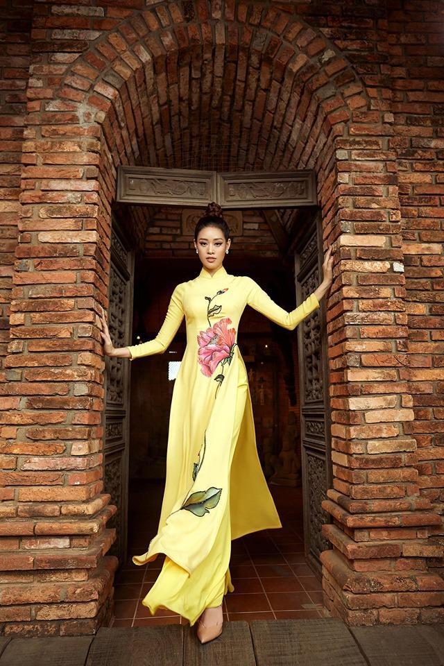 Sau cuộc thi, Khánh Vân trở thành gương mặt quen thuộc của nhiều NTK, cô nàng cũng xuất hiện trong các bộ ảnh thời trang, tham gia nhiều bộ phim sitcom… phủ sóng rộng rãi hình ảnh mình đến với khán giả.