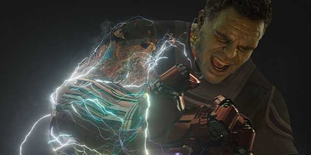 Cả Hulk và Thanos đều phải mất vài giây mới có thể giữ được sáu viên đá.