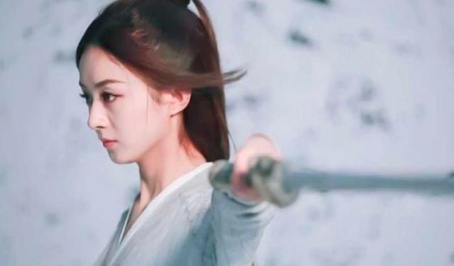 Bằng chứng cho thấy phần diễn của Triệu Lệ Dĩnh bị cắt bớt, nữ phụ được tăng thêm trong Hữu phỉ ảnh 3