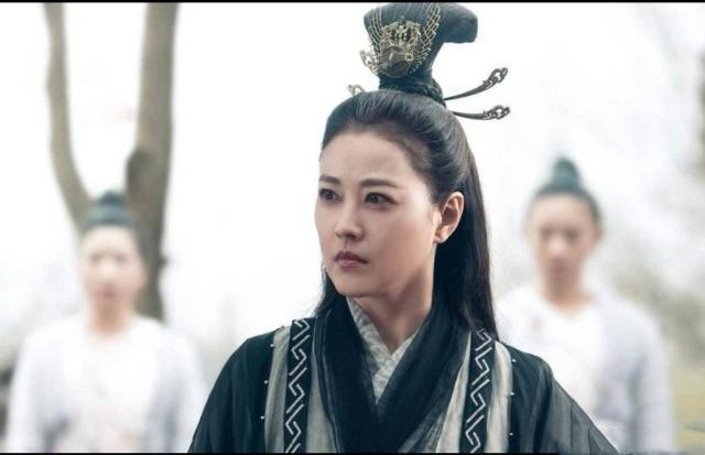 Châu Hải My trong vai Diệt Tuyệt sư thái