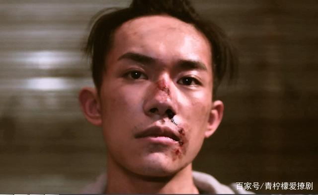 Dịch Dương Thiên Tỉ tiếp tục được đạo diễn khác khen ngợi: Diễn xuất không hề giống idol đóng phim ảnh 0