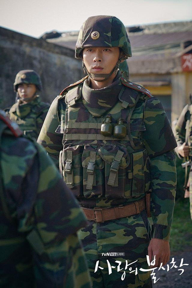 3 lý do nên xem Crash Landing On You của Hyun Bin  Son Ye Jin ngay và luôn ảnh 10